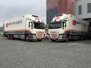 Koos van Galen twee trucks